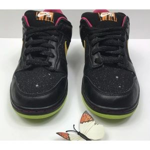 online store 0d499 e353e Nike Shoes - Nike SB Dunk Low Premium Space Tiger Sneakers 11